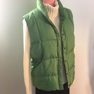 Lands End down vest. Small. Green
